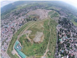 The Payatas landfill development in Quezon City, Philippines, (Photo by Lyndsay Chapple courtesy Asian Development Bank) Posted for media use.