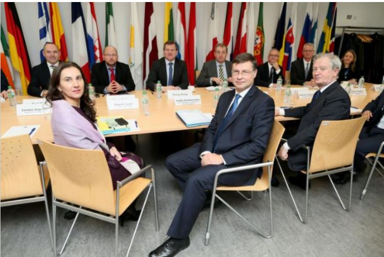 At the European Financial Forum 2018 in Dublin, Ireland, Commissioner Valdis Dombrovskis first row center, Raquel Lucas, of Commissioner Dombrovskis' team, on the left, and on the right, Gerry Kiely, who heads the European Commission in Dublin. Feb. 1, 2018 (Photo courtesy European Commission) Posted for media use.