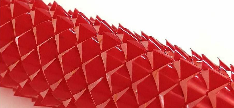 Kirigami cutting has produced skin that a robot can use to propel itself along. (Image by Ahmad Rafsanjani/Harvard SEAS) Posted for media use