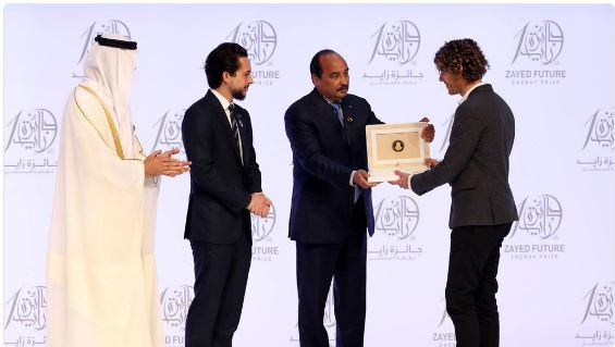 Abu Dhabi Crown Prince Sheikh Mohamed Bin Zayed, Jordan's Crown Prince Hussein Bin Abdullah II and the President of Mauritania Mohamed Ould Abdel Aziz present the Small and Medium Enterprise award to Thomas Samuel, CEO of Sunna Design, Jan. 23, 2018, Abu Dhabi, UAE (Photo courtesy Sunna Design via Twitter) Posted for media use