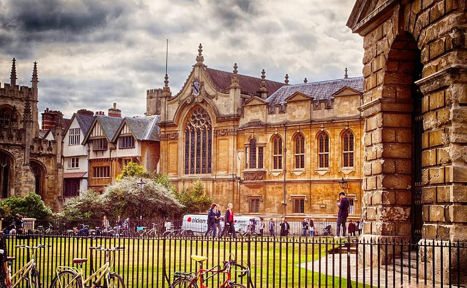 Oxford University, England 2014 (Photo by Samuel Musarika) Creative Commons license via Flickr