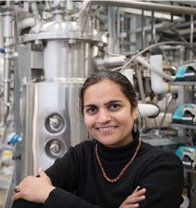 Professor Satinder Kaur Brar in her laboratory at the Institut National de la Recharche Scientifique, Quebec City, Canada. (Photo courtesy Institut National de la Recharche Scientifique) Posted for media use