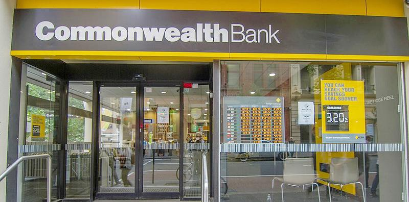 A branch office of the Commonwealth Bank of Australia in Sydney, April 2, 2015 (Photo by Maksym Kozlenko)