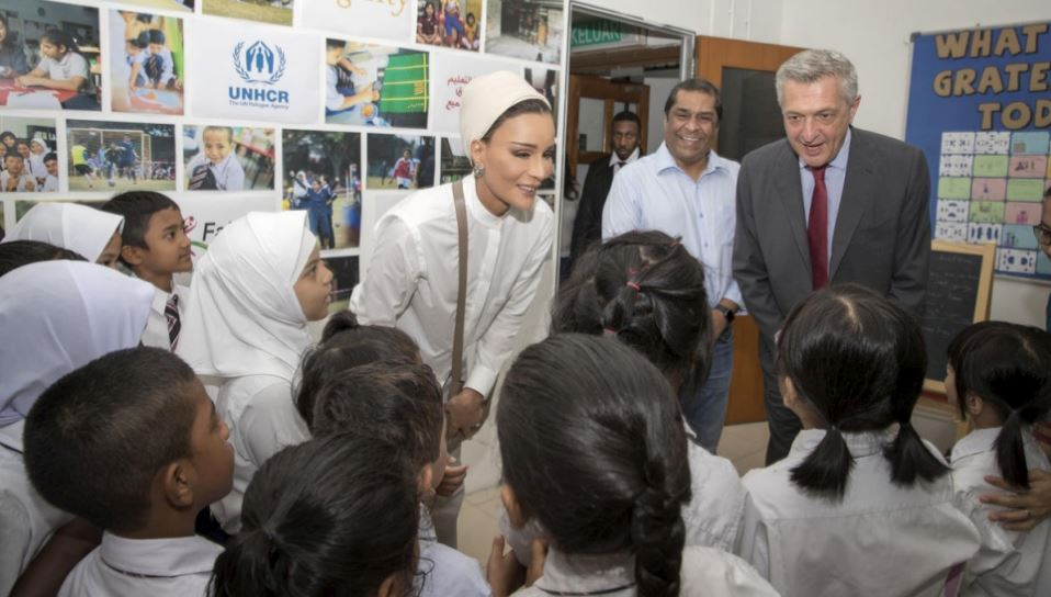 Her Highness Sheikha Moza bint Nasser, founder and chairperson of Education Above All, and UN High Commissioner for Refugees Filippo Grandi visit refugee children attending the Dignity School, part of EAA's Educate A Child Programme, implemented by UNHCR, in Kuala Lumpur, Malaysia. (Photo by Aisha al Musallam / UNHCR)