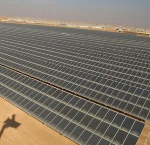 Jordan's Za'atari refugee camp made the switch to clean energy in November 2017 with the inauguration of the largest solar power plant ever built in a refugee setting. (Photo by Yousef Al Hariri courtesy UNHCR) Posted for media use