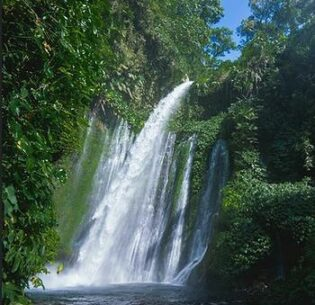 The Tiu Kelep waterfall in Indonesia feeds rivers and streams below, providing clean water from the foot of Mount Rinjani, an active volcano on the island of Lombok. April 2015 (Photo by Lando Mikael) Creative Commons license via Flickr