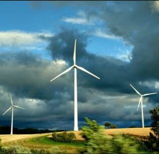 Wind turbines in Luxembourg (Photo by M-in-Berlin) Creative Commons license via Flickr